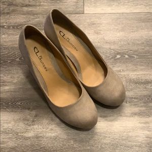 CL by Laundry Beige Wedges